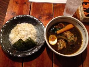 琴似「らっきょ」豚角煮スープカレー
