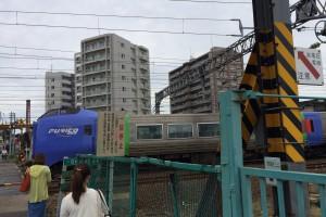苗穂駅の踏切1